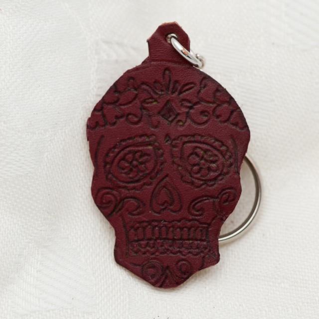 Schlüsselanhänger Totenkopf Bild